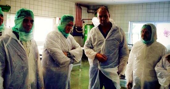 Sommertour des Generalsekretärs macht Stadtion in Hagenburg