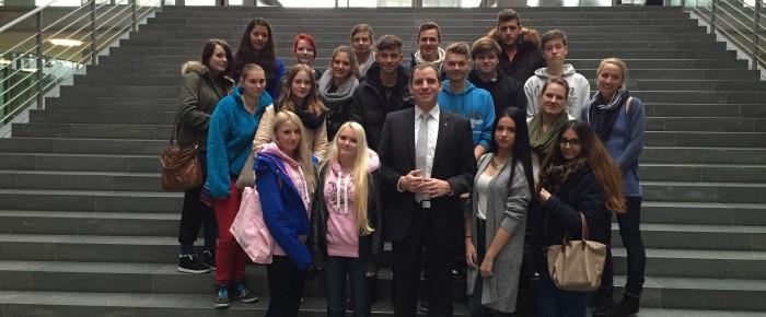 Schülergruppe zu Besuch in Berlin